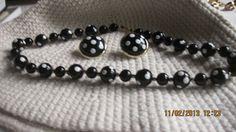 1950'S PIN UP GIRL POLKA DOT EAR RING & NECKLACE 3 PIECE SET BLACK & WHITE
