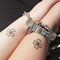 awesome Friend Tattoos - Friendship tattoo me and My bestfriend love lucky four-leaf clover. Bff Tattoos, Mini Tattoos, Best Friend Tattoos, Cute Tattoos, Small Tattoos, Mandala Tattoo Design, Tattoo Designs, Four Leaf Clover Tattoo, Clover Tattoos