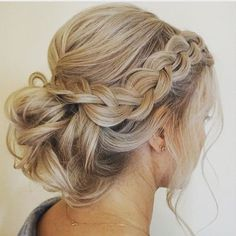 Loose Braids Updo Idea loose braid and up do wedding hairstyles prom hair hair Loose Braids Updo. Here is Loose Braids Updo Idea for you. Loose Braids Updo dutch braids and low messy bun. Wedding Hair And Makeup, Hair Makeup, Hair Wedding, Wedding Braids, Hairstyle Wedding, Bridal Makeup, Updos For Wedding, Braided Wedding Hairstyles, Mod Wedding