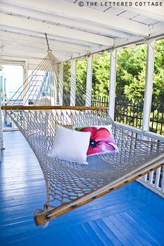 beach cottages, dream cottag, colors, swing, place, hammock, blues, front porches, covered porches
