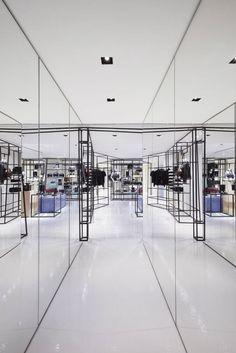The-new-Chanel-pop-up-store-in-Rome11 The-new-Chanel-pop-up-store-in-Rome11