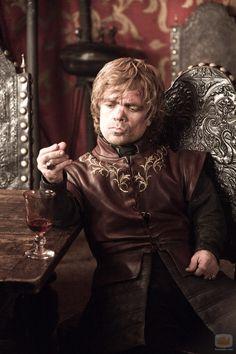 Tyrion Lannister (Peter Dinklage), la Mano del Rey en la segunda temporada de 'Juego de tronos'