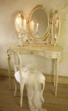 FABULOUS 3 Mirror Vanity Set | French Furniture | Paris Home Furniture Online S$1408