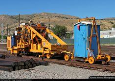 Net Photo: TMT 0502 Union Pacific Unknown at Salt Lake City, Utah by James Belmont Work Train, Train Car, Train Tracks, Model Railway Track Plans, Network Rail, Rail Transport, Railroad Photography, Electric Train, Diesel Engine