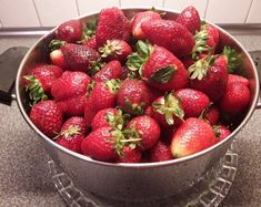 Strawberry, Sweets, Fruit, Recipes, Food, Cakes, Gummi Candy, Cake Makers, Candy