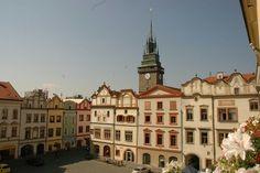 World Media Partners, s. Capital City, Czech Republic, Prague, Notre Dame, Places To Visit, German, Castle, Old Things, Tower