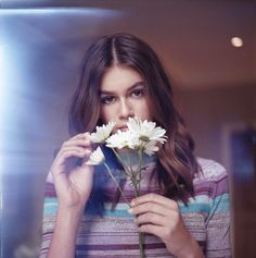 Kaia Gerber Stars in a New Marc Jacobs Daisy Campaign