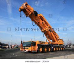 Ainscough Liebherr LTM 1500-8.1 500 tonne all-terrain mobile crane CC23