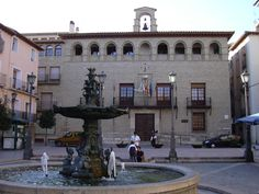 "Plaza ""mayor"" en Borja"