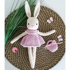 We are ready for We are ready for Pattern my crochet animals (Isabelle Kessedjian) Yarn Schachenmayr Catania Hook size mm by lalunababy Easter Crochet, Crochet Bunny, Crochet Animals, Knit Crochet, Crochet Hats, Amigurumi Patterns, Amigurumi Doll, Crochet Patterns, Knitted Dolls