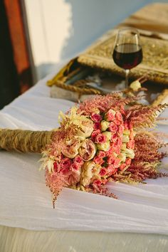 #vintage #bridalbouquet #pinkweddings See more here http://www.love4wed.com/shabby-chic-summer-wedding/