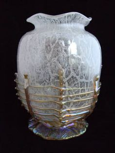 Large And Exceedingly Rare Loetz 'Schaumglas' Vase With Applied Threads - Schauglas Or Foam-Glass Technique Of A Body Of Glass With Color (Usually White, Red Or Black Inclusion) With Trapped Air Bubbles In The Décor - Originated Late In The Loetz Production In 1935