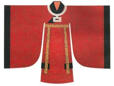 "Song Dynasty. Crimson gauze robe, knee cover and round necklet with square pendant. 192 cm sleeve span and 160 cm length, including skirt. Reconstruction based on historical documents and ""Portraits of Monarchs of Various Dynasties"" exhibited in Nanxun Palace. [Figure 185 in 5000 Years of Chinese Costume.]"