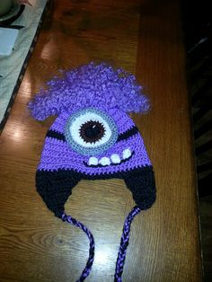Purple Minion Hat...crochet. Www.needlelottayarn.etsy.com