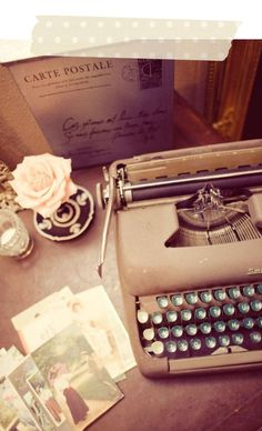 Treasures from times gone by inspire great thinkers. I can almost hear the 'tap tap tap' of the typewriter and the ever satisfying 'ding' at the end of another successful line.