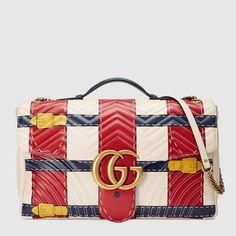 e3c3bad821b Gucci GG Marmont Maxi-Schultertasche mit Trompe-l oeil-Print  Umhängehandtaschen