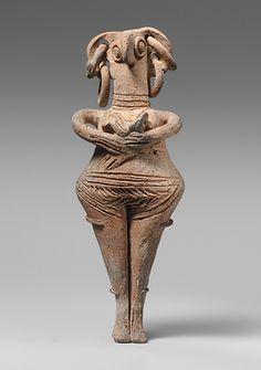 Bird female figurine, holding an infant - Syrian, 1450-1200 BCE