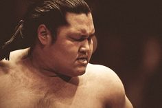Photographer Captures 'The Art of Sumo'