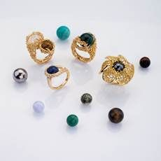 Gilbert Albert ' Spring ' Collection of interchangeable Rings / contemporary Modernist - Brutalist Swiss Jewelry High Jewelry, Jewelry Art, Jewelry Rings, New Words, Flower Brooch, Spring Collection, Stud Earrings, Gemstones, Contemporary