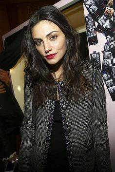Phoebe Tonkin in Chanel and Frame Denim.