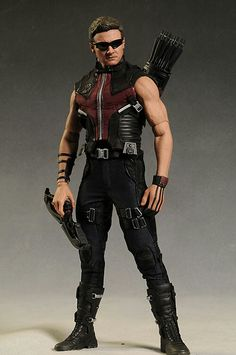 Avengers Hawkeye action figure by Hot Toys  sc 1 st  Pinterest & 16 best Green Arrow/Red Arrow/Hawkeye images on Pinterest | Red ...