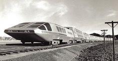 America's Failed 1979 Supertrain - Almost as bad as the show they did about it. Locomotive, Automobile, Old Trains, Vintage Trains, Train Art, Futuristic Design, Train Tracks, Retro Futurism, Train Station
