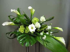 Funeral Casket Flower Spray 3001-1 Montreal Florist Abaca flowers for urn and casket