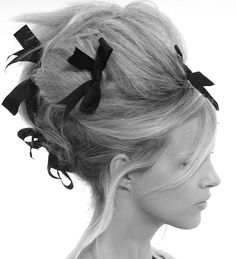 This is how I'd do my hair, if I ever get around to being Marie Antoinette for Halloween.