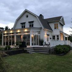Proforma - Dutch Colonial Homes, Extravagant Homes, Porte Cochere, Modern Farmhouse Exterior, House Extensions, Pool Houses, Estate Homes, Home Fashion, Exterior Design