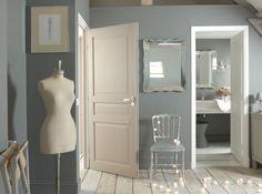 idée déco Peintures bleu-gris et beige (couleur ) (dressing)
