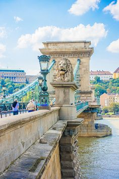 Where to Eat, Drink, and Play in Budapest | The Everygirl