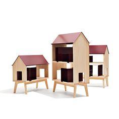 Casa per bambole e libri