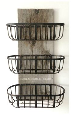 wood and wire baskets wall organizer. I made this for our kitchen and now… Rustic wood and wire baskets wall organizer. I made this for our kitchen and now it holds all our dishtowels and handtowels. Cheap and easy country farmhouse decor. Country Farmhouse Decor, Farmhouse Style Kitchen, Rustic Decor, Rustic Wood, Modern Decor, Modern Farmhouse, Kitchen Rustic, Rustic Design, Country Chic