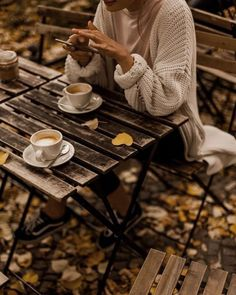 "crispandgolden: ""cozy vibes @crispandgolden "" Juste, Outdoor Tables, Tea Time, Small Coffee Shop, High Tea"