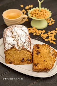 DULCIURI DE POST   Diva in bucatarie Romanian Food, Romanian Recipes, Cheesecakes, Vanilla Cake, Banana Bread, Food And Drink, Pudding, Vegan, Desserts