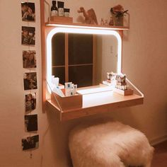 Stylish Led Vanity Makeup Mirror Lighted makeup mirror ideas for your tabletop or wall mount, every possible style taken into consideration so that you will look your best all the time! Wall Mounted Makeup Vanity, Diy Makeup Mirror, Makeup Vanity Decor, Makeup Mirror With Lights, Vanity Lamp, Vanity Set, Vanity Shelves, Makeup Vanities, Vanity Lighting