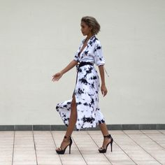 Black and White Maxi Dress with Black Heels- Pretty weird bombshell
