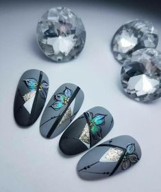 """Visit our site for even more details on """"nail paint ideas easy"""". It is an exceptional place to learn more. Fancy Nails, Diy Nails, Cute Nails, Nail Art Hacks, Easy Nail Art, Winter Nail Designs, Nail Art Designs, Flower Nail Art, Art Flowers"""
