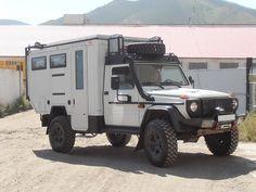Image from http://g-class.ru/forum/uploads/72/Mercedes_G_portal_axles_2_web.jpg.