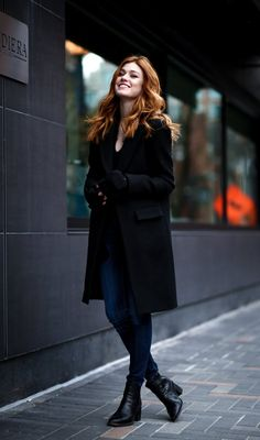 Discovered by Lee Watson. Find images and videos about shadowhunters, katherine mcnamara and kat mcnamara on We Heart It - the app to get lost in what you love. Katherine Mcnamara, Kat Mcnamara, Clary Und Jace, Shadow Hunters, Look Cool, Beauty Women, Normcore, Celebs, Actresses