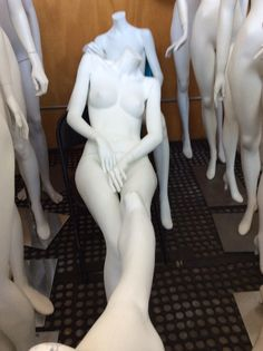 In our mannequin recycling business, we often get used Rootstein mannequins and Rootstein parts for sale at deeply discounted price. Like this one.