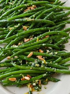 FRENCH GREEN BEANS |  Ina Garten�s Best Christmas Recipes of All Time via @PureWow
