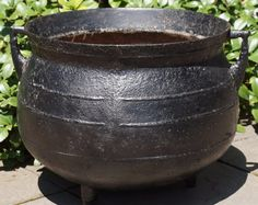 Large Iron Cauldron - 1700's Witches Cauldron, Antique Iron, Large Black, Cast Iron, Antiquities, Outdoor Decor, Spring, Garden, Garten