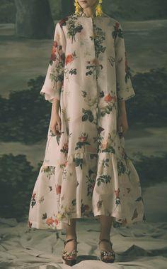 Abaya Fashion, Muslim Fashion, Modest Fashion, Fashion Dresses, Bohemian Style Dresses, Modest Wear, Pretty Dresses, Beautiful Outfits, Designer Dresses