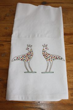 spotted birds hand embroidered on flour sack fabric - hand towel, dish towel 30 TL, 10 euro Dish Towels, Hand Towels, Flour Sacks, Euro, Birds, Fabric, Tejido, Tela, Bird