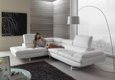 sofá moderno rinconero reclinable  HABART Max Divani Leather Corner Sofa, Leather Sofa, White Leather, Leather Sectional Sofas, Reclining Sectional, Luxury Bedroom Design, Sofa Frame, Living Room Sectional, Modern Sofa