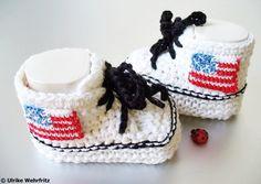 Babyschuhe mit Nationalflaggen, eine tolle Geschenkidee! Ich kann die Babyschuhe auch mit anderen Flaggen anfertigen, die Bilder dienen nur als Be...