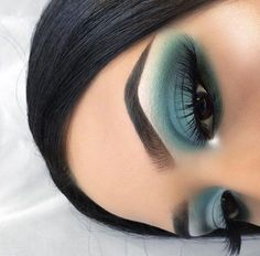 [New] The 10 Best Eye Makeup Today (with Pictures) - Eye Makeup Art, Makeup News, Colorful Eye Makeup, Makeup For Green Eyes, Blue Eye Makeup, Eyeshadow Makeup, Blue Eyeshadow, Eyebrow Makeup, Diy Makeup