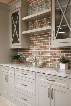 Find other ideas: Kitchen Countertops Remodeling On A Budget Small Kitchen Remodeling Layout Ideas DIY White Kitchen Remodeling Paint Kitchen Remodeling Before And After Farmhouse Kitchen Remodeling…More Classic Kitchen, Rustic Kitchen, New Kitchen, Kitchen Decor, Kitchen Ideas, Kitchen Designs, Colonial Kitchen, Kitchen Small, Eclectic Kitchen