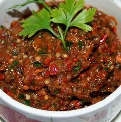 patlıcan-meze-tarifi – Salata meze kanepe tarifleri – The Most Practical and Easy Recipes Eggplant Appetizer, Appetizer Salads, Appetizer Recipes, Appetizers, Tapas, Eggplant Dishes, Snacks Für Party, Middle Eastern Recipes, Turkish Recipes